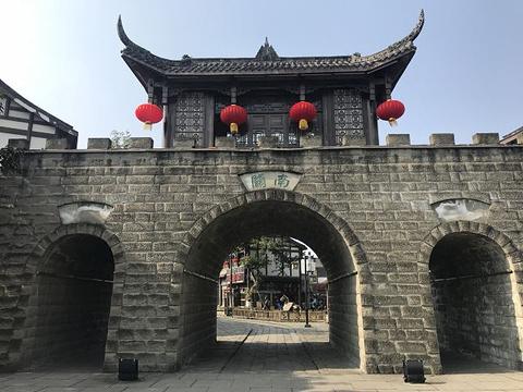隆昌石牌坊群旅游景点图片