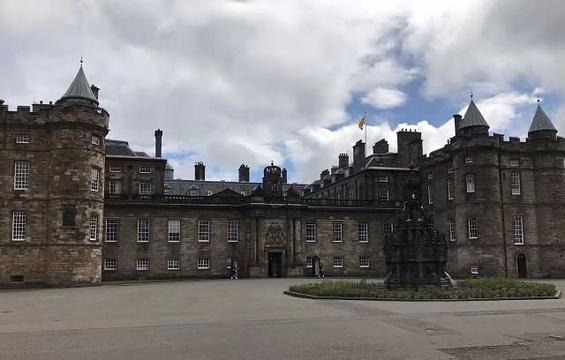 荷里路德宫旅游景点图片