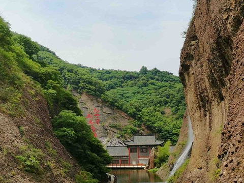 大别山石窟旅游景点图片